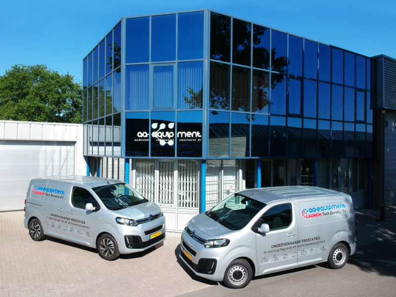 AA Equipment Helmond 800px